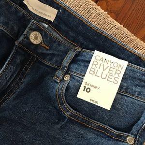 NWT Canyon River Skinny Jeans Medium Wash